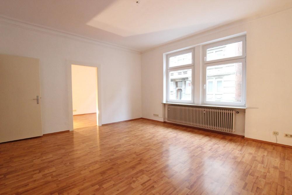 Tolias immobilien for Wohnzimmer stuttgart
