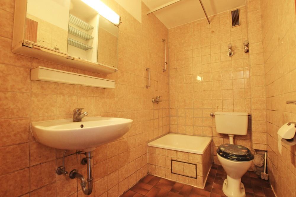 Tolias immobilien - Badezimmer stuttgart ...